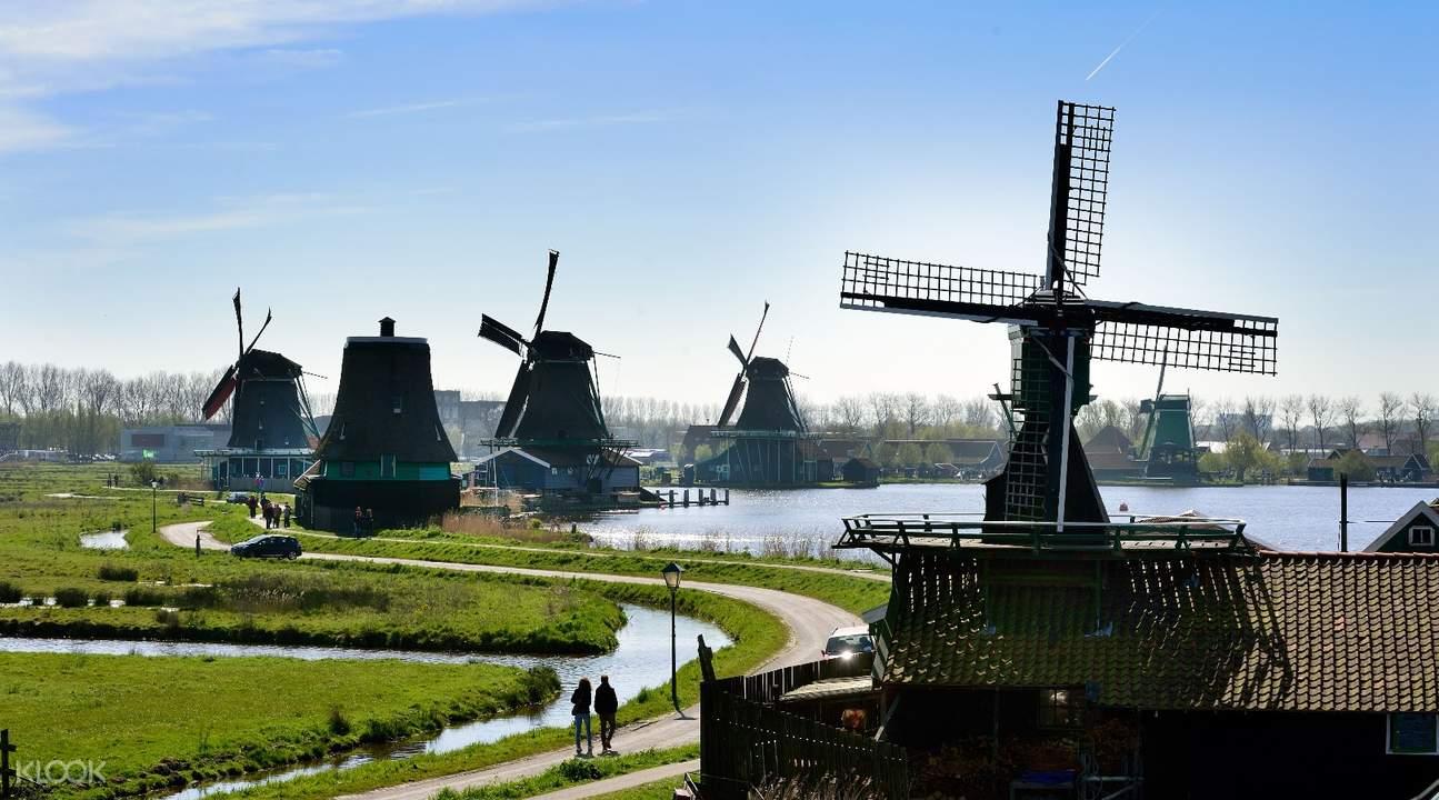 Half Day Tour to Windmill Village Zaanse Schans