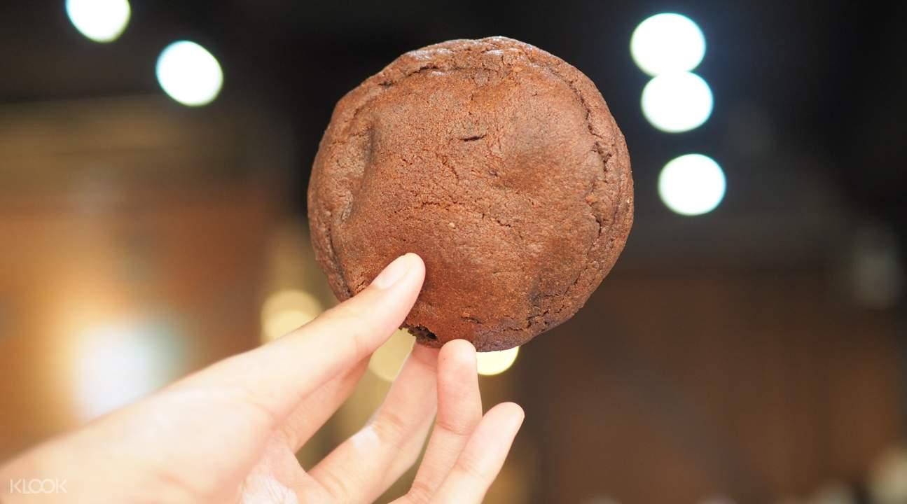 double chocolate cookie ben's cookies siam paragon bangkok
