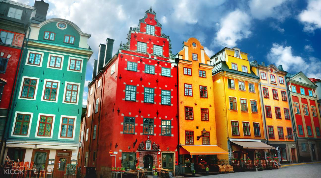 Stockholm old town walking tour klook for Stockholm architecture tour