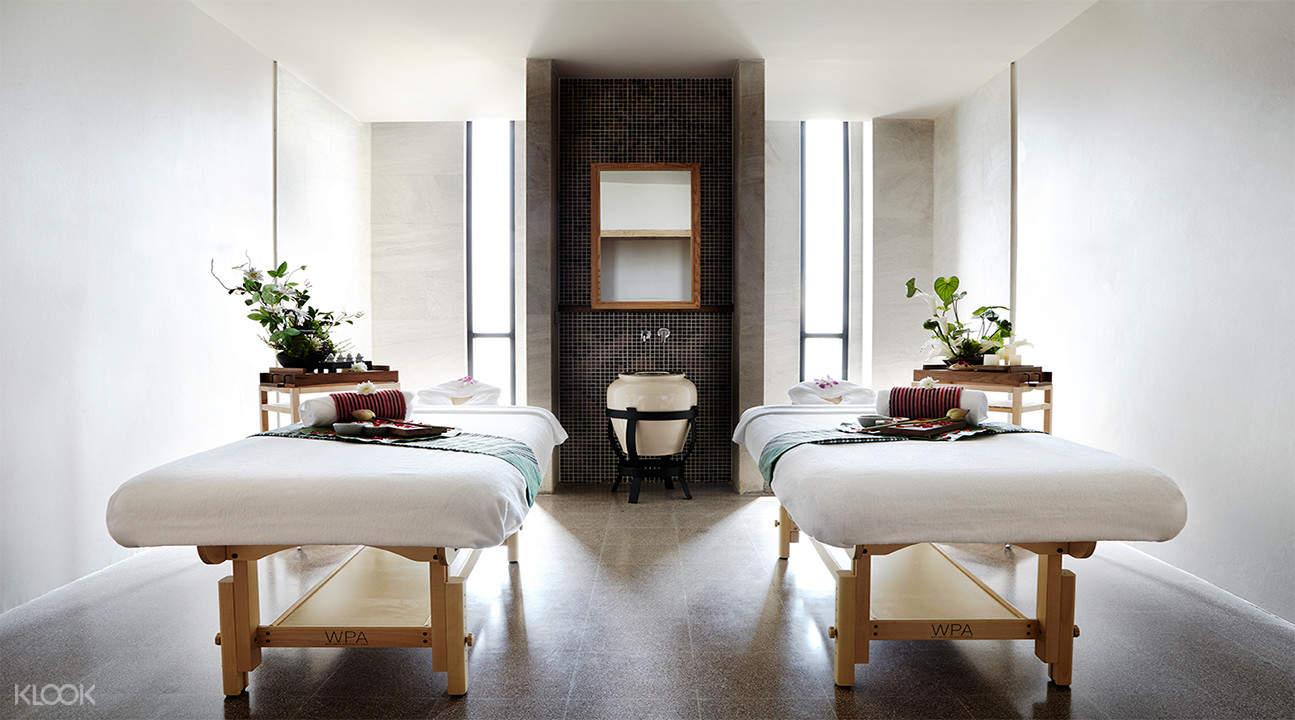yunomori spa room