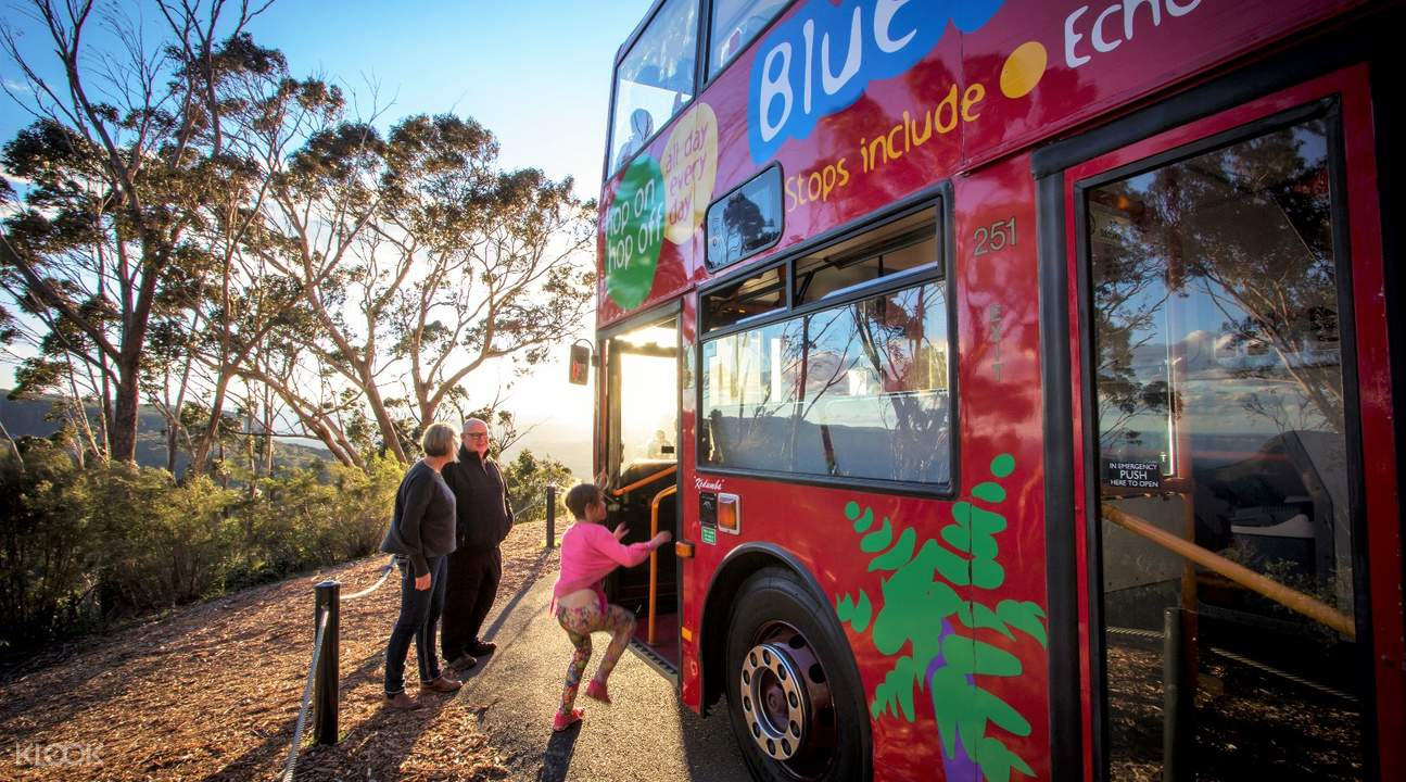 blue mountain explore bus