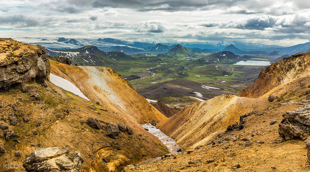 thorsmork hiking tour