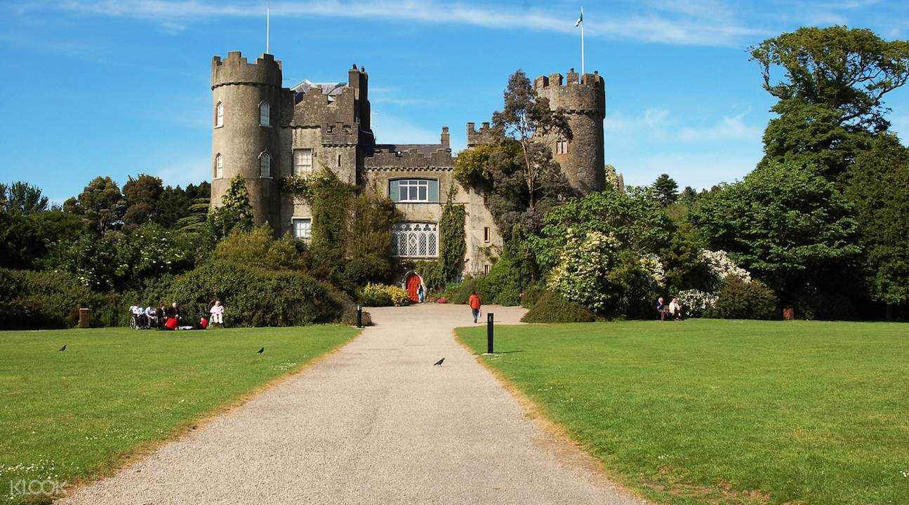 malahide castle day tour, malahide castle tour from dublin, howth village, howth village tourism, howth fishing village near dublin