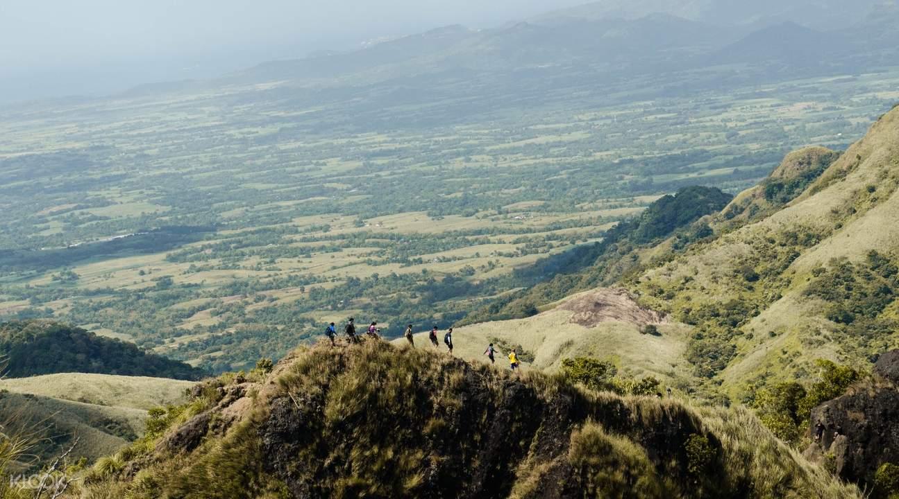 巴图劳山mount batulao徒步探险马尼拉出发