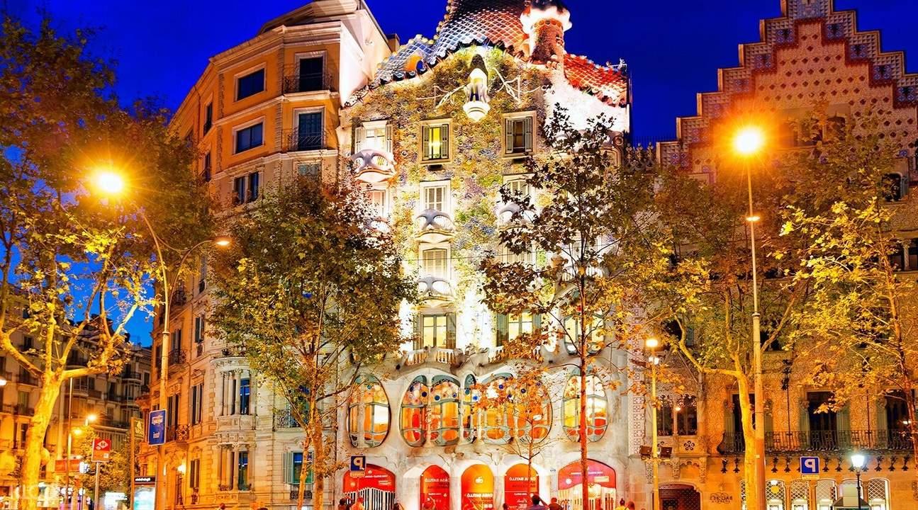 巴塞罗那魔幻喷泉,巴塞罗那葡萄酒体验,巴塞罗那卡瓦酒,巴塞罗那夜景
