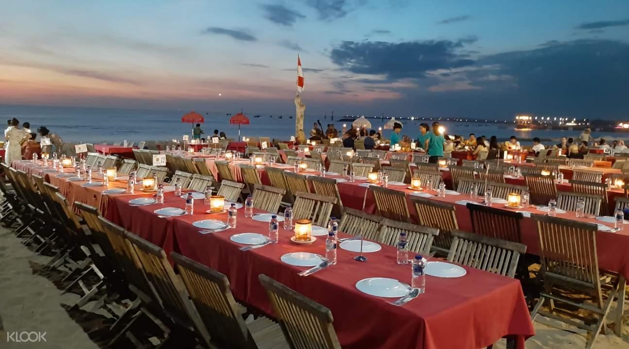 dinner at jimbaran