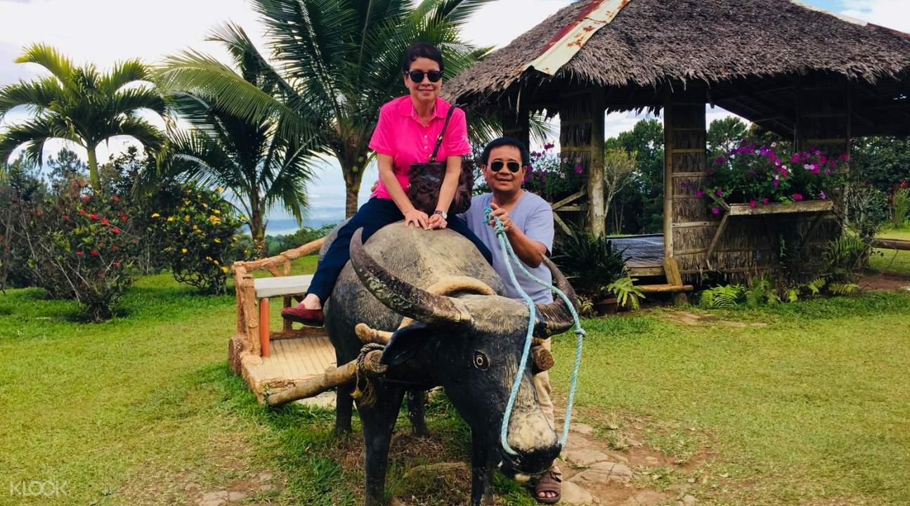 Romantic couple enjoying their vacation
