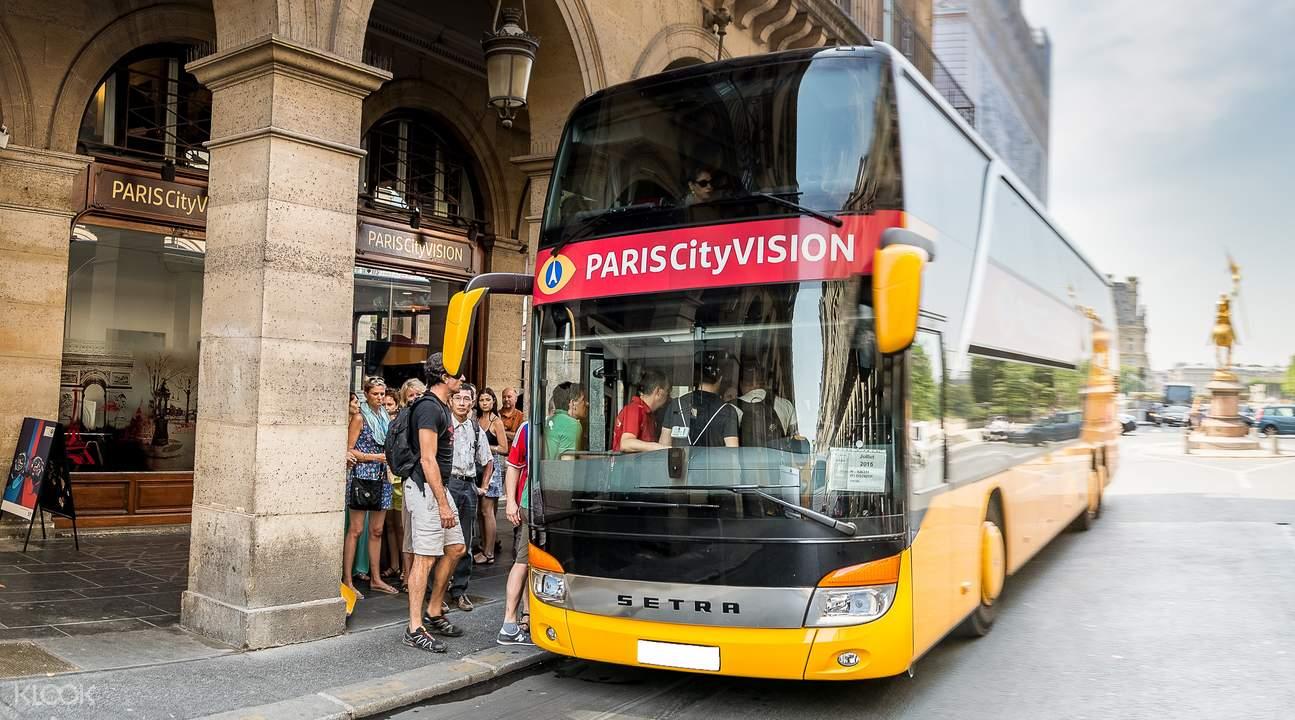 City tour bus Paris