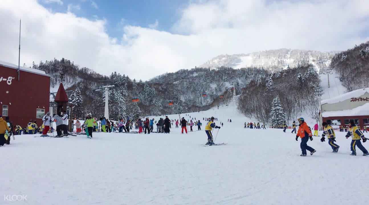 札幌国际滑雪游