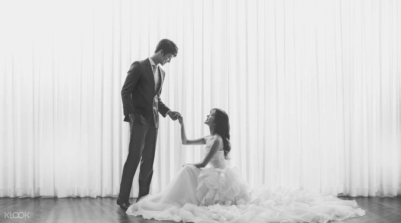 轻婚纱摄影