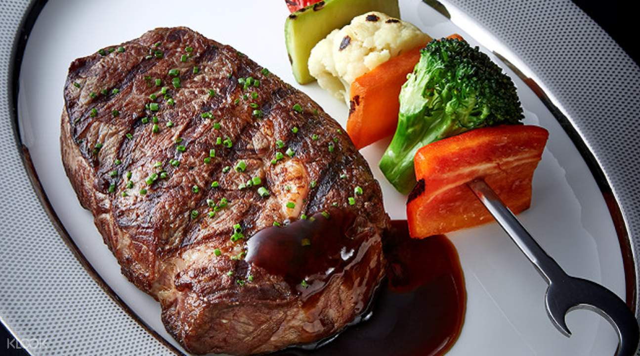 belon restaurant dinner set