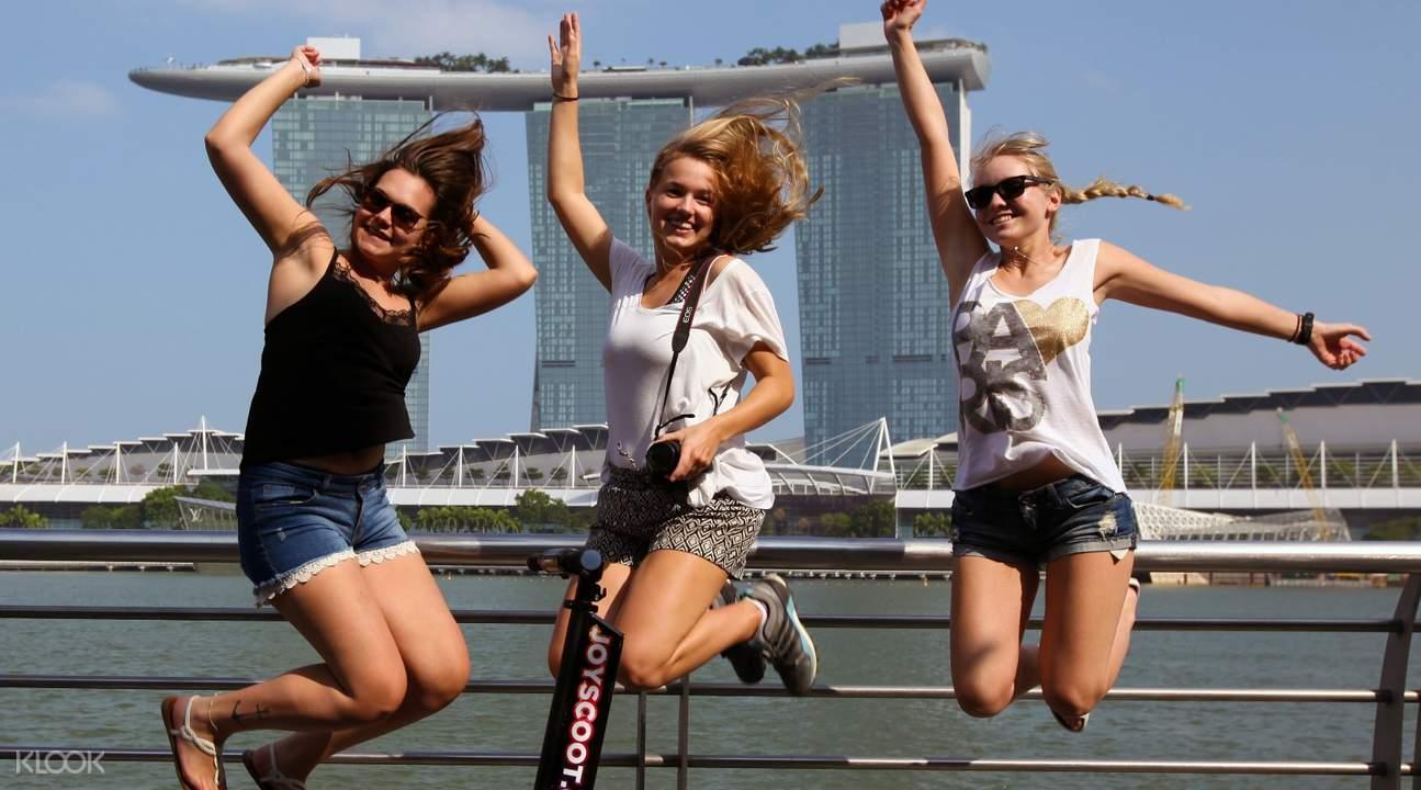 新加坡摩天觀景輪電動滑板車& 大型滑板車& 懸浮滑板租借