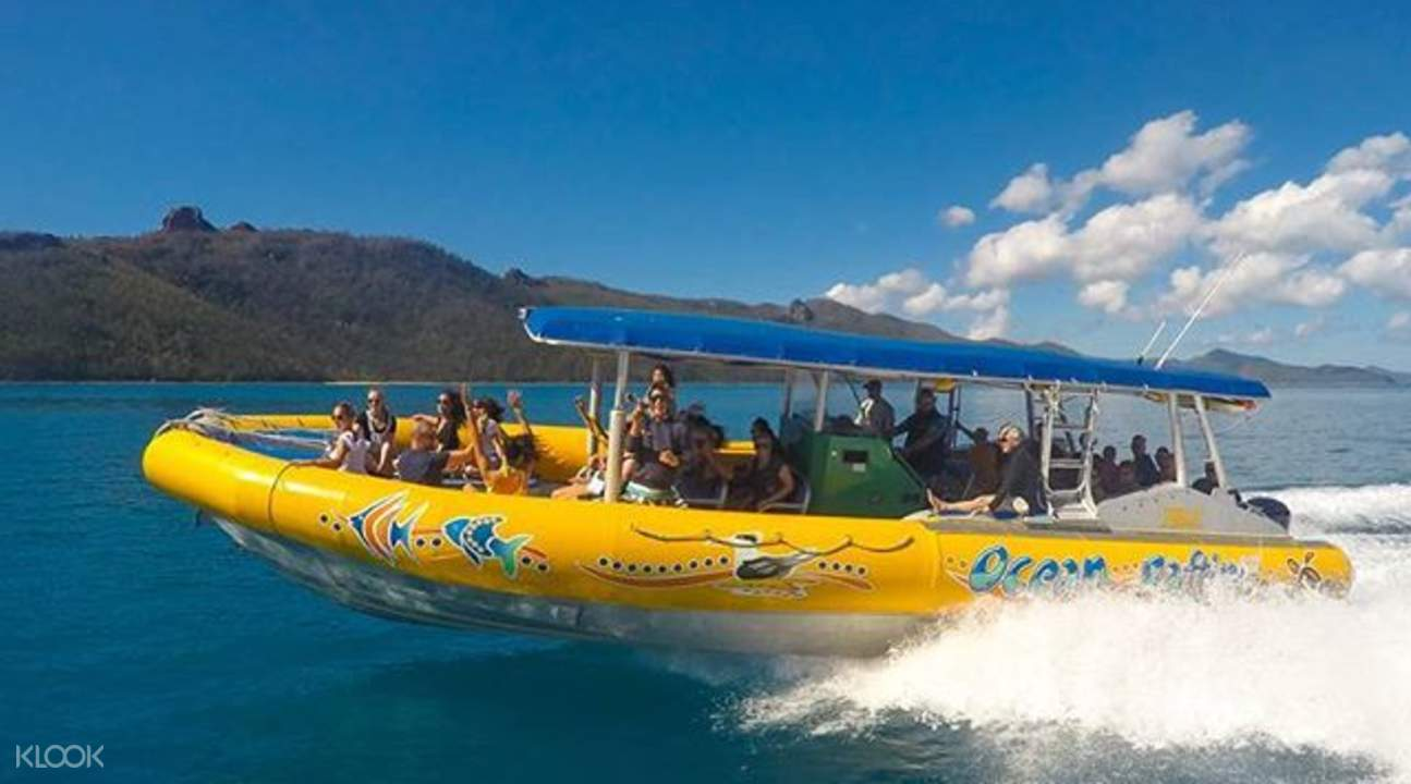 rafting tours to whitehaven beach from airlie beach