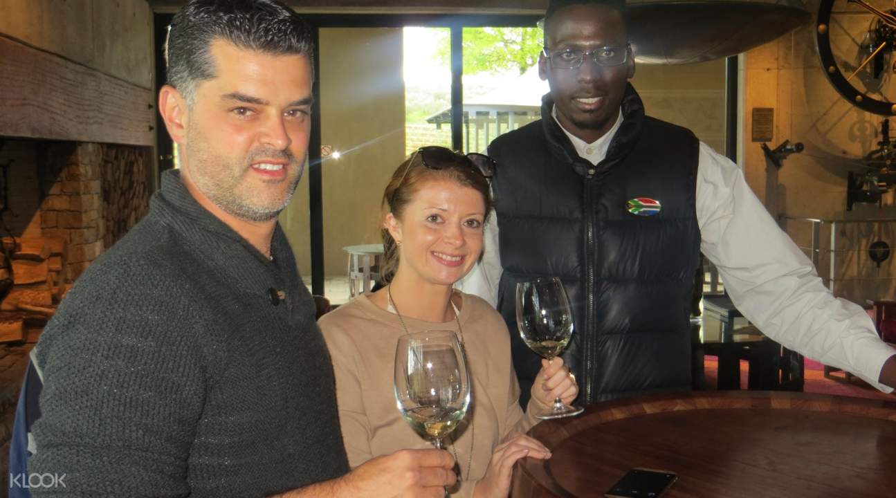 cape winelands day tour from cape town