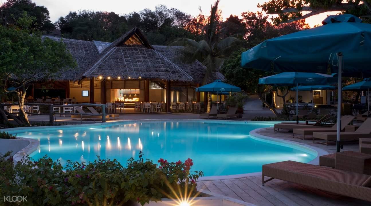 Bluewater Resort pool