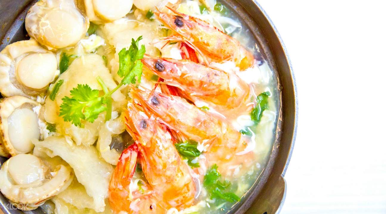 Braised Superior Fish Maw Seafood Pot at Som Tam in Orchard Road