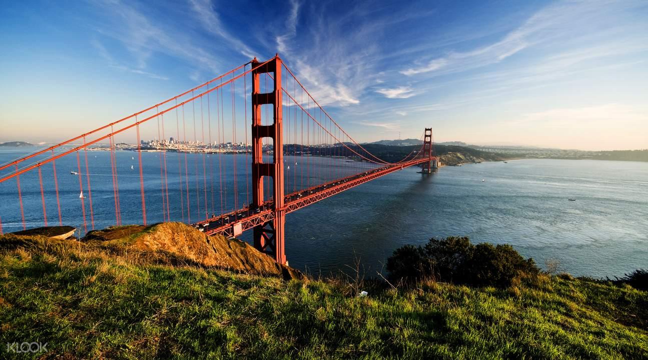 旧金山地标建筑金门大桥