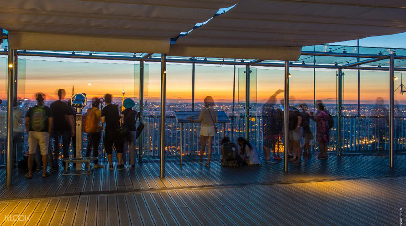montparnasse tower panoramic observation deck