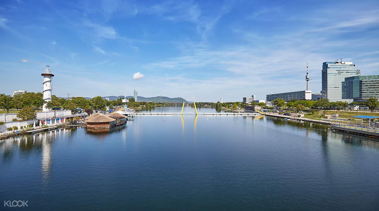 多瑙河全景遊覽 + 遊船