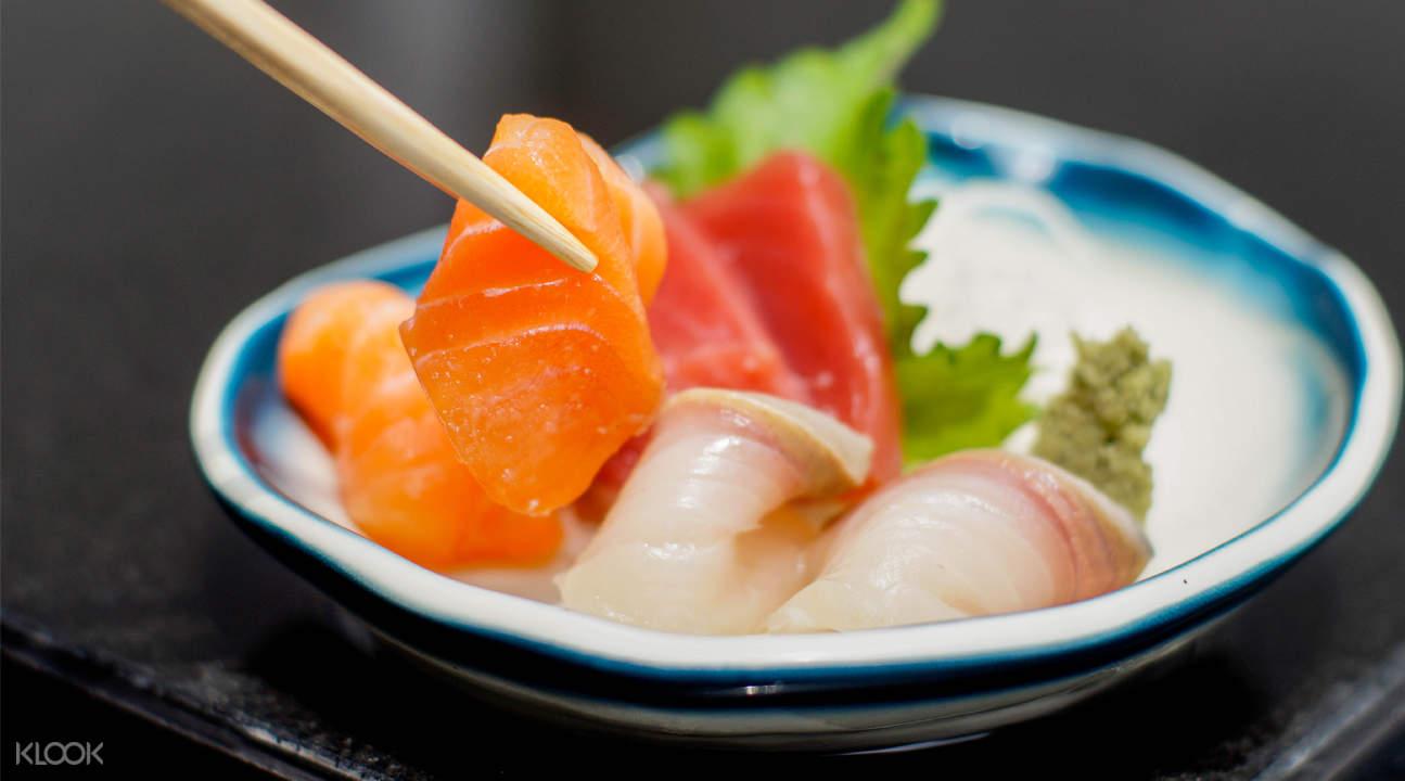 Assorted Sashimi tanuki raw
