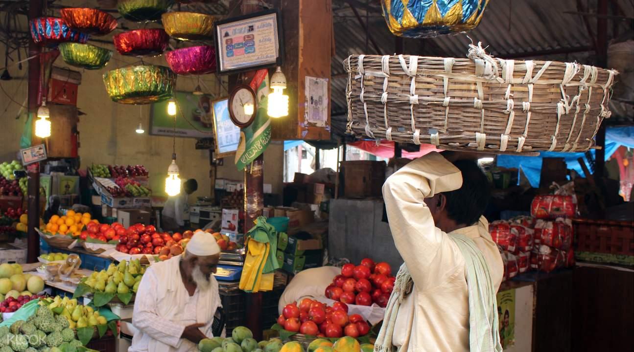 孟买特色市场步行游