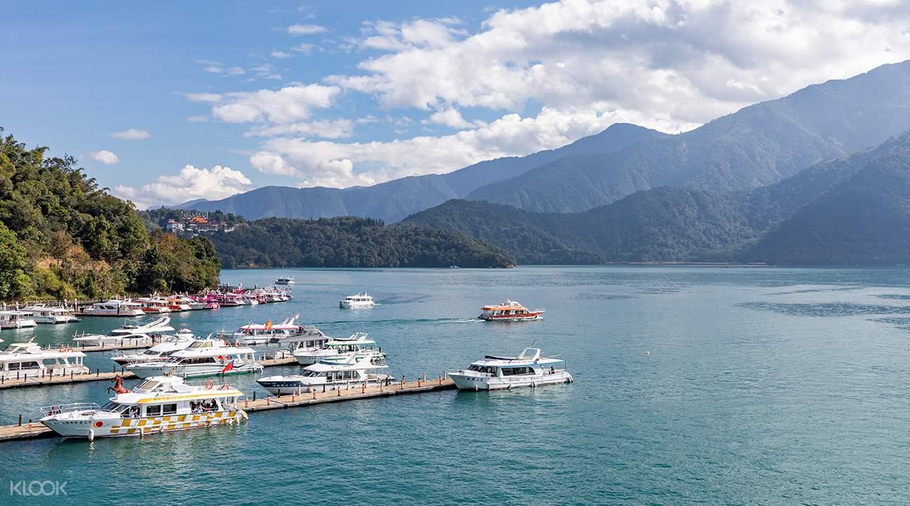 sun moon lake boat cruise