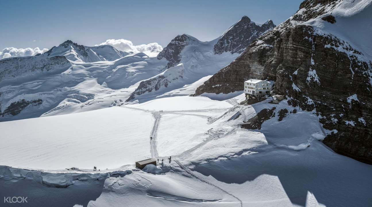 a view of the landscape of Jungfraujoch