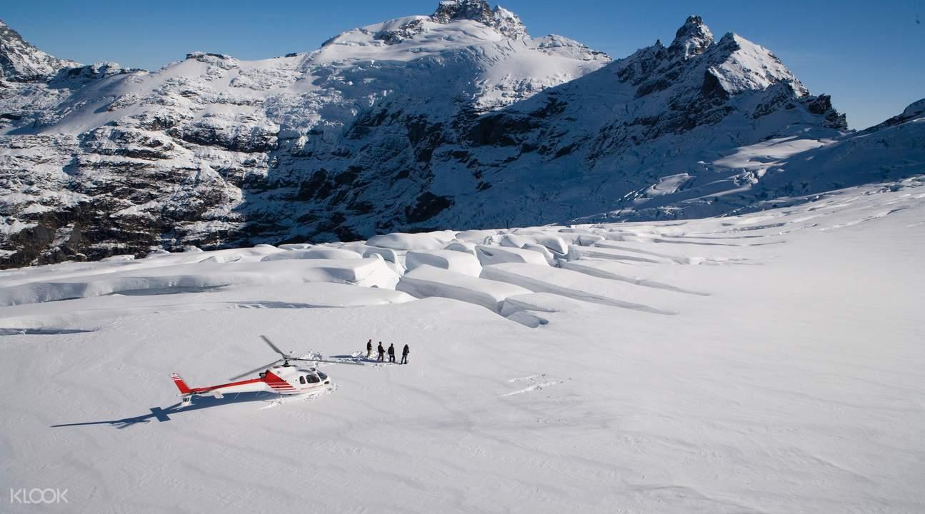 福克斯冰川直升机