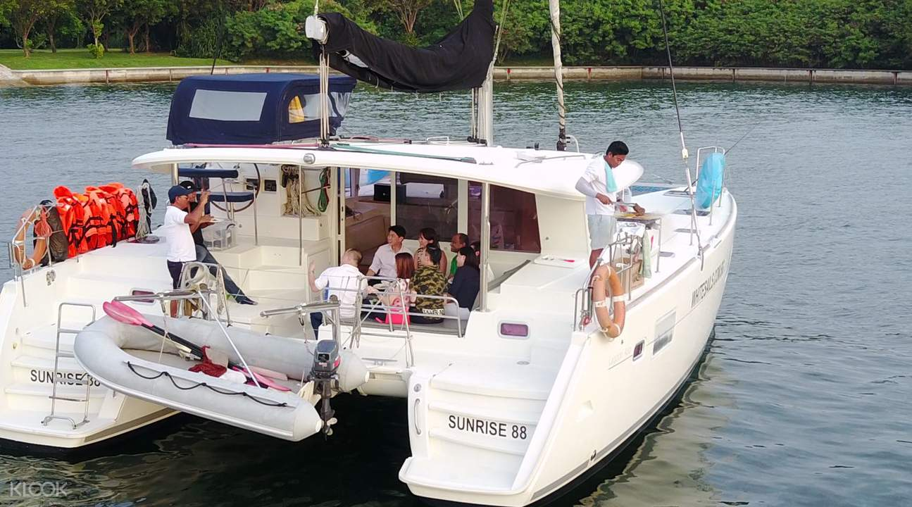 private yacht charter singapore
