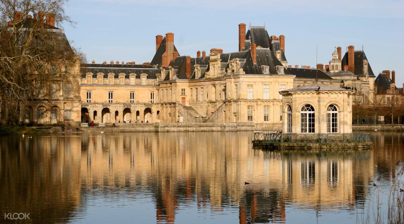 fontainebleau vaux le vicomte day trip paris