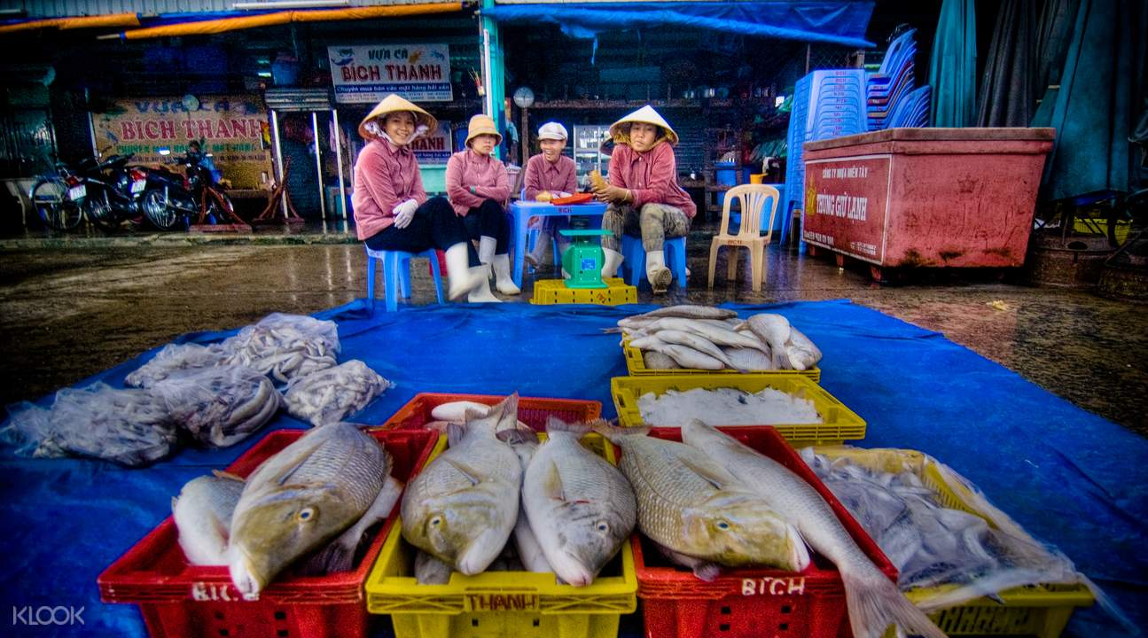 duy hai fish market tour