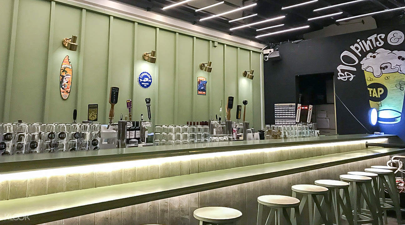 Interior of TAP Craft Beer Bar in Robertson Quay