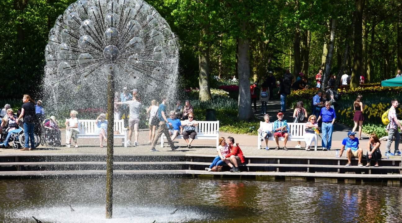 荷兰库肯霍夫公园郁金香一日游