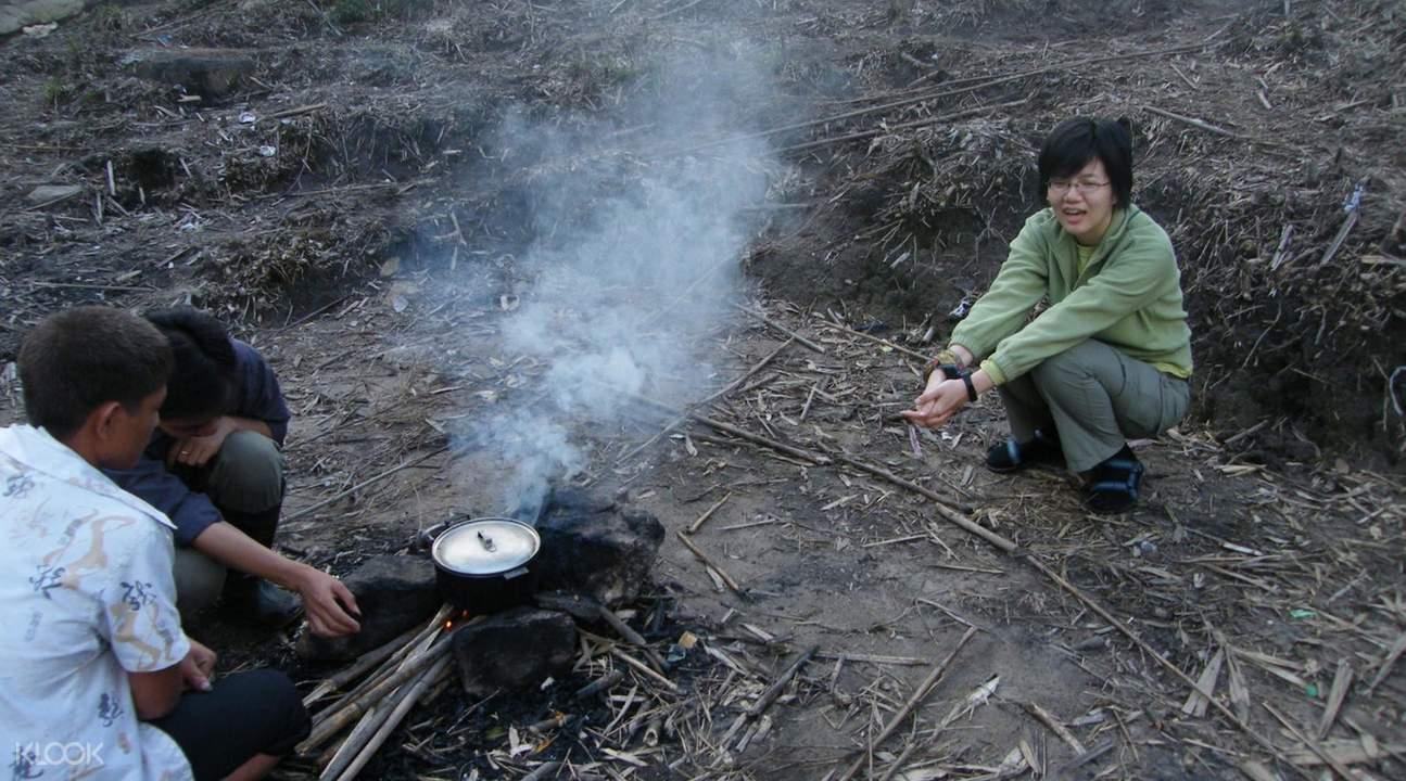 2d1n sapa fansipan trekking and camping