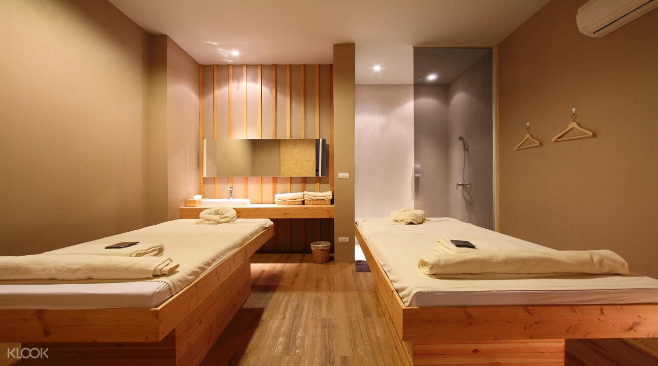 Yunomori Onsen & Spa massage room