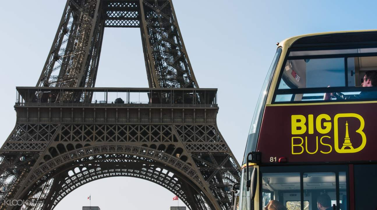 Paris Red bus tour
