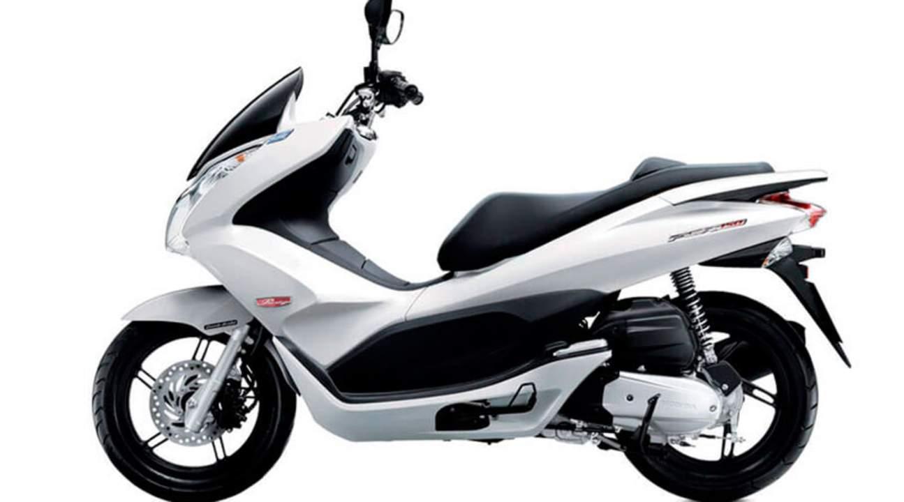 暹粒摩托车Honda PCX租赁