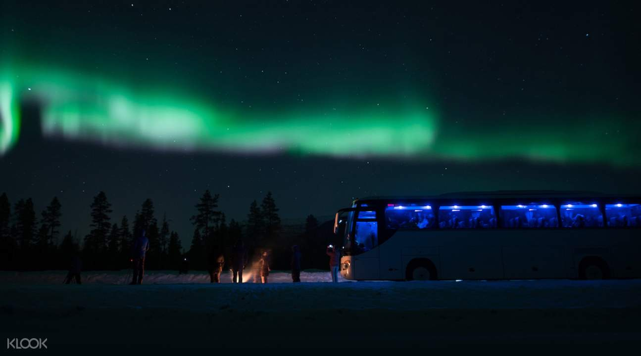 northern lights chase tromso, best northern lights chase tromso, chase the northern lights tromso, northern lights bus trip