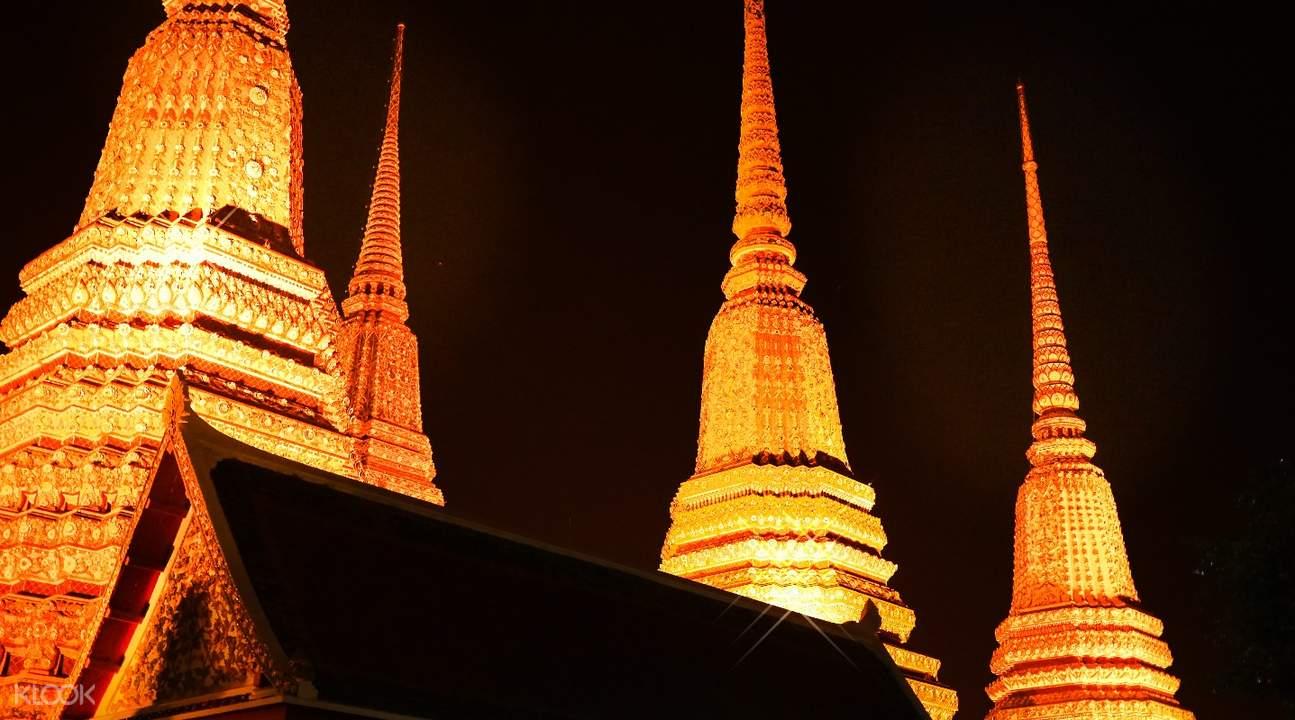 曼谷夜晚美食發現之旅(搭乘嘟嘟車)
