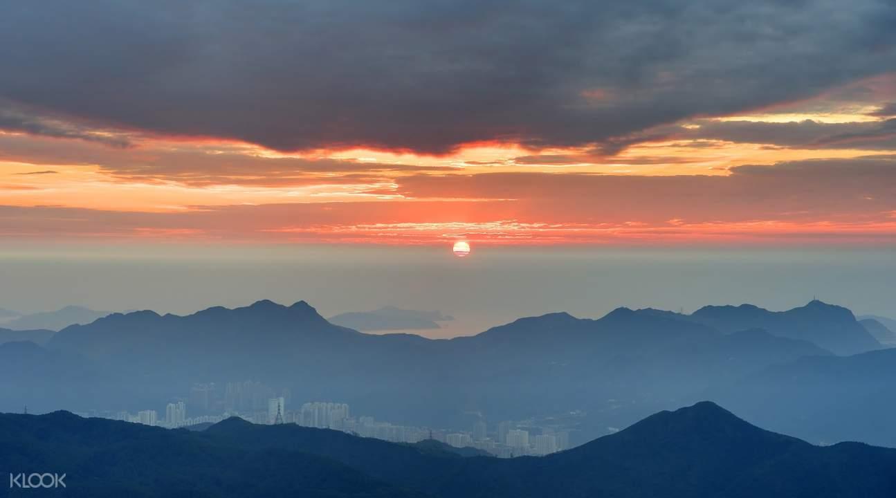 sunrise hike hong kong