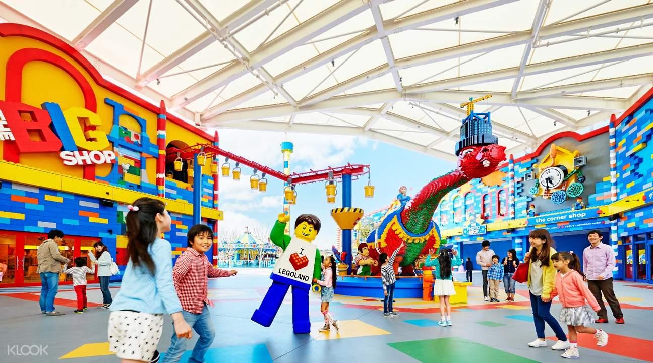 從樂園入口開始就為兒童建造了一個繽紛多彩樂高世界