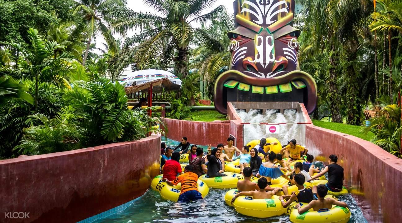 wa ha ha ride A'Famosa Water Theme Park