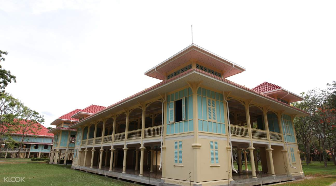 Maruekhathaiyawan Palace hua hin day tour from bangkok