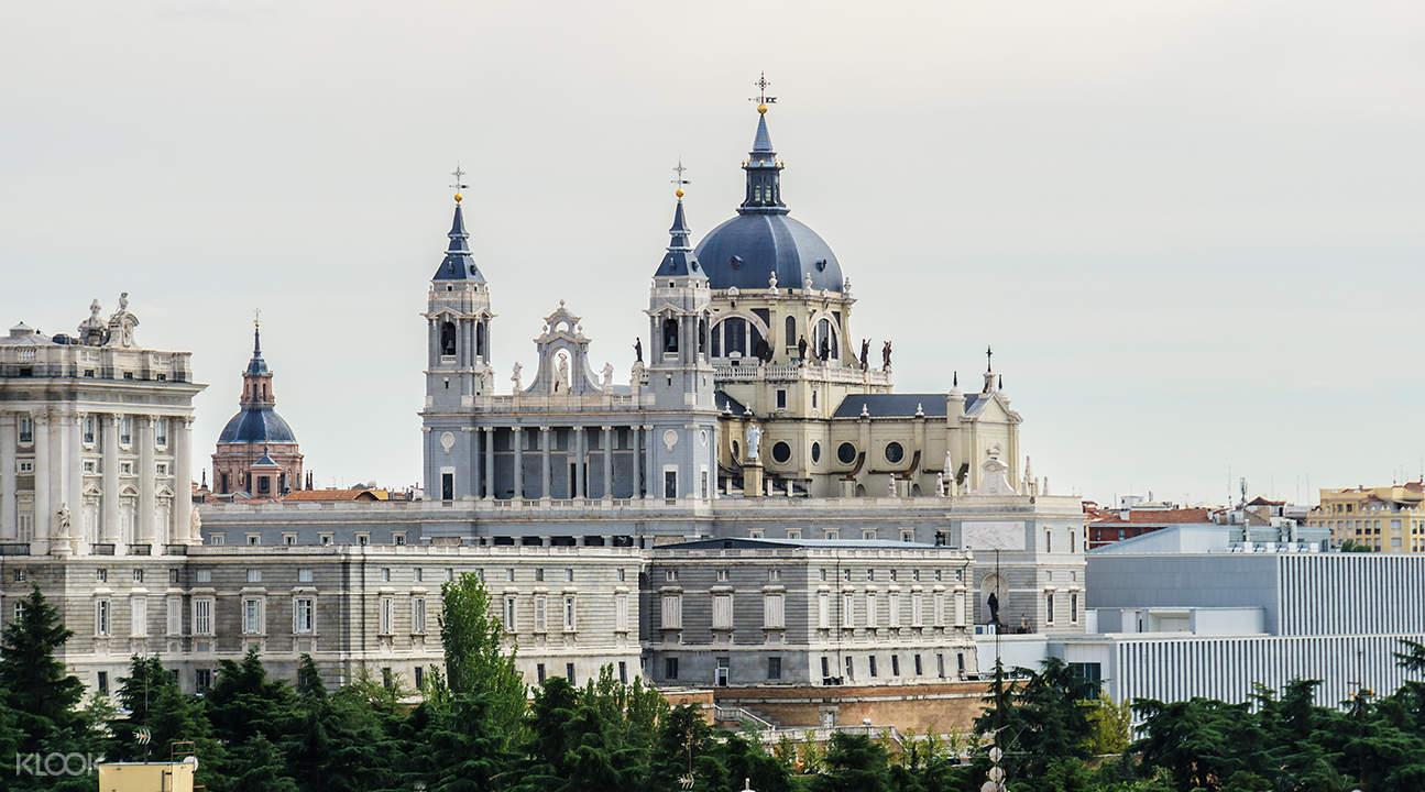 馬德里經典游