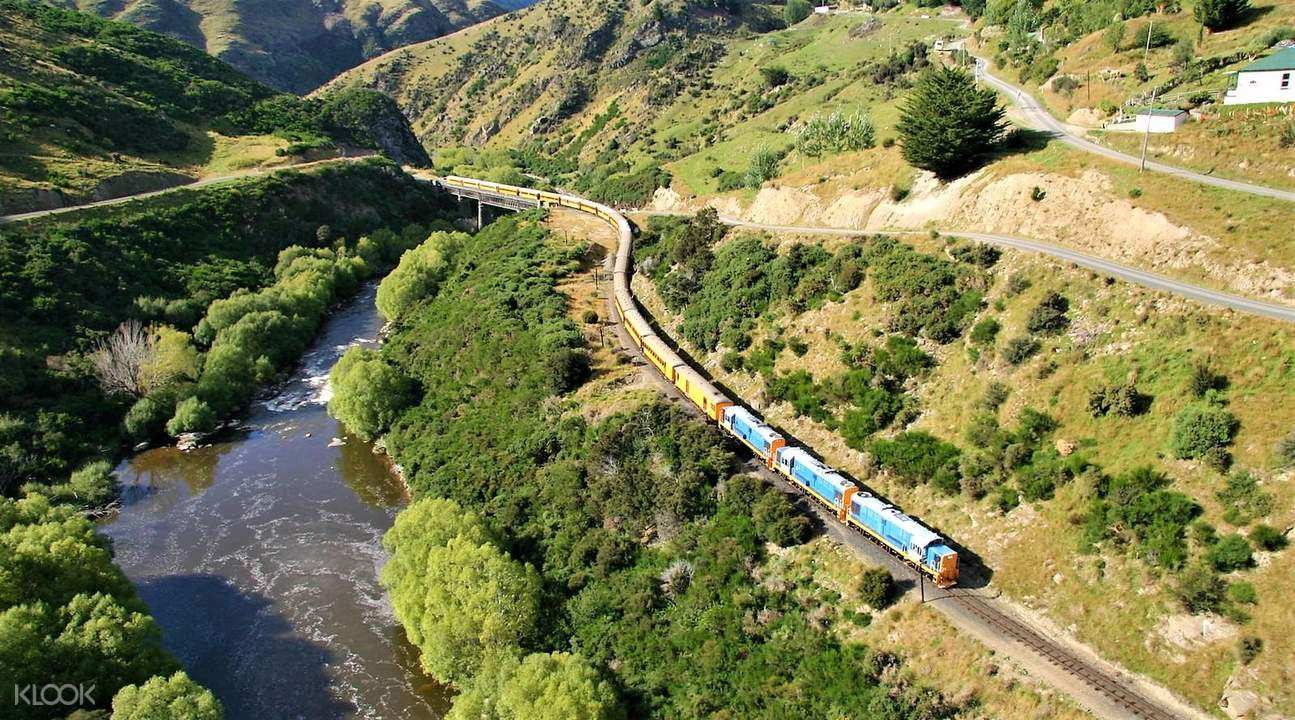 Taieri Gorge Railway from Dunedin Pukerangi