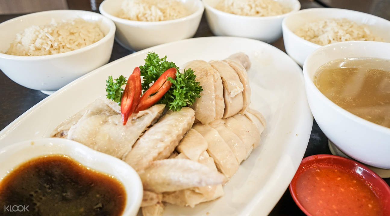 steamed chicken with rice feng ji chicken rice clarke quay singapore