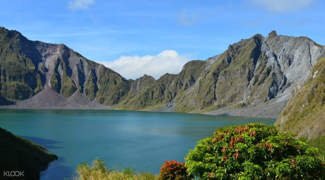 皮纳图博火山徒步游