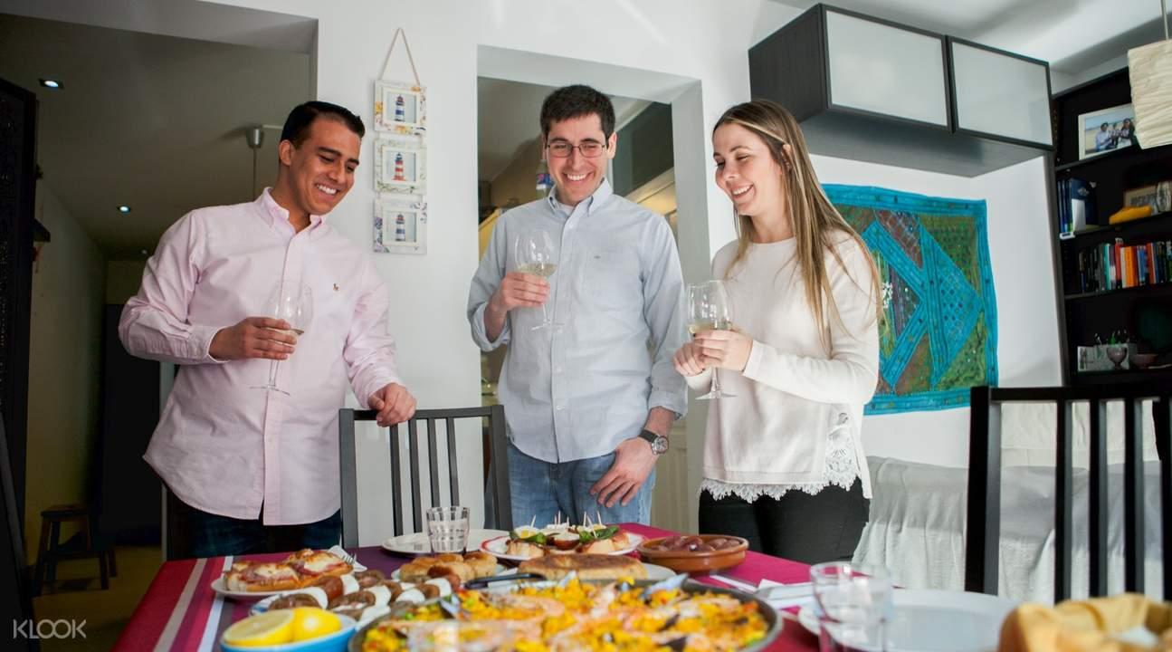 馬德里Tapas家庭美食盛宴
