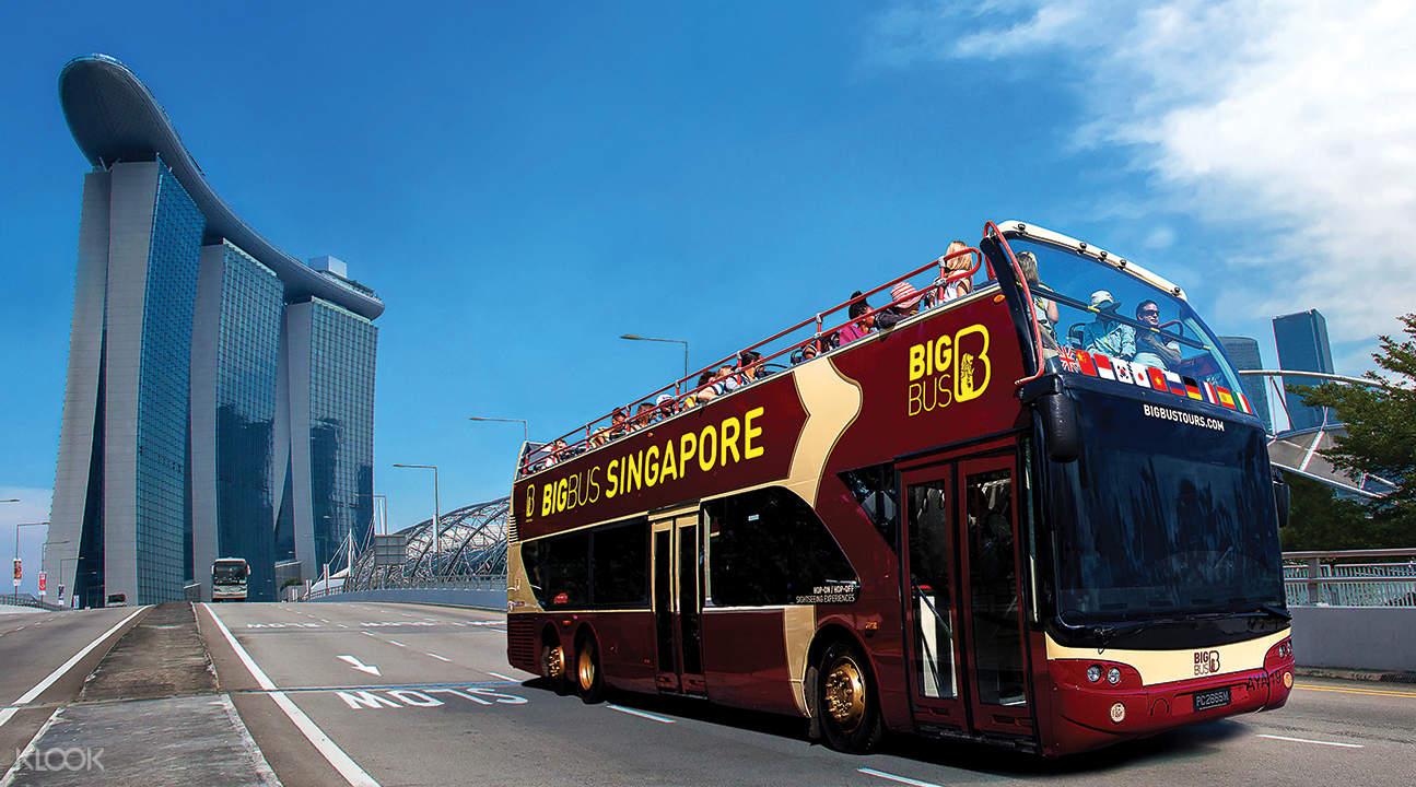 Singapore Open Top Bus marina bay sands