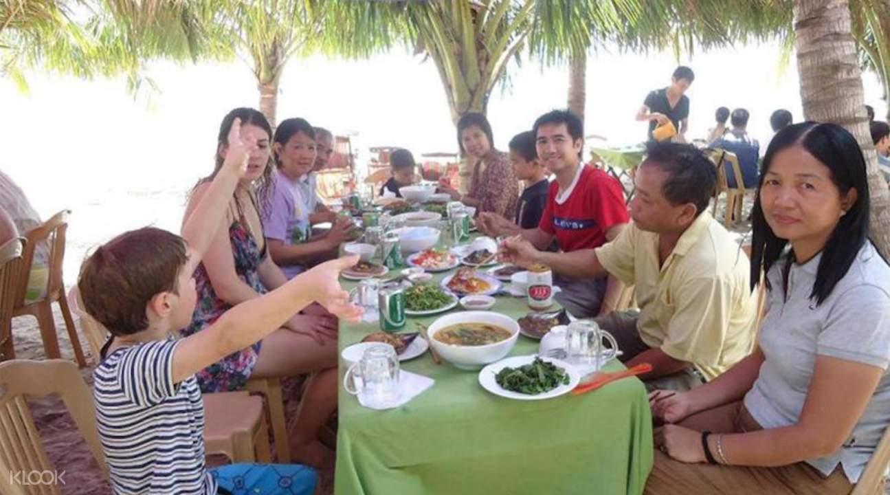 占婆岛午餐